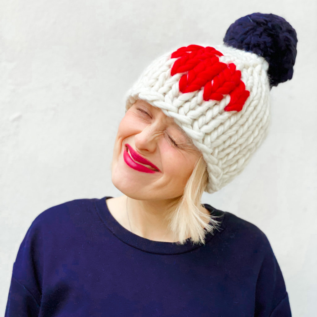 Valentine Pom Pon hat